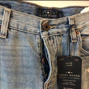 Sienna slim boyfriend Lucky Brand jeans.